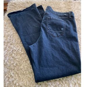 Torrid Source of Wisdom Bootcut Jeans Size 22